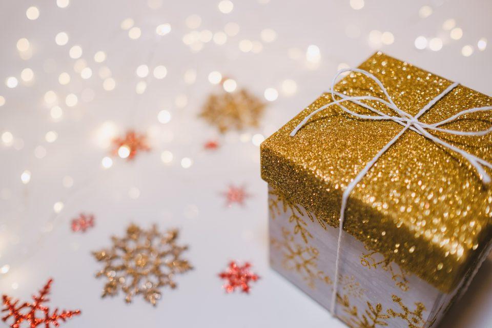 Goldenes Geschenk